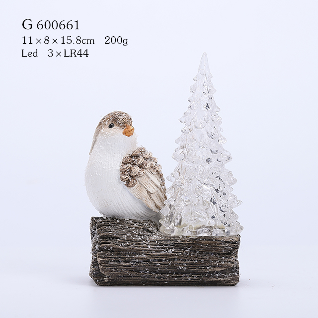 POLYRESIN BIRD ON STRUNK WITH TREE AND LED